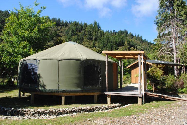 Yurt On The Track Lodge Nydia Bay