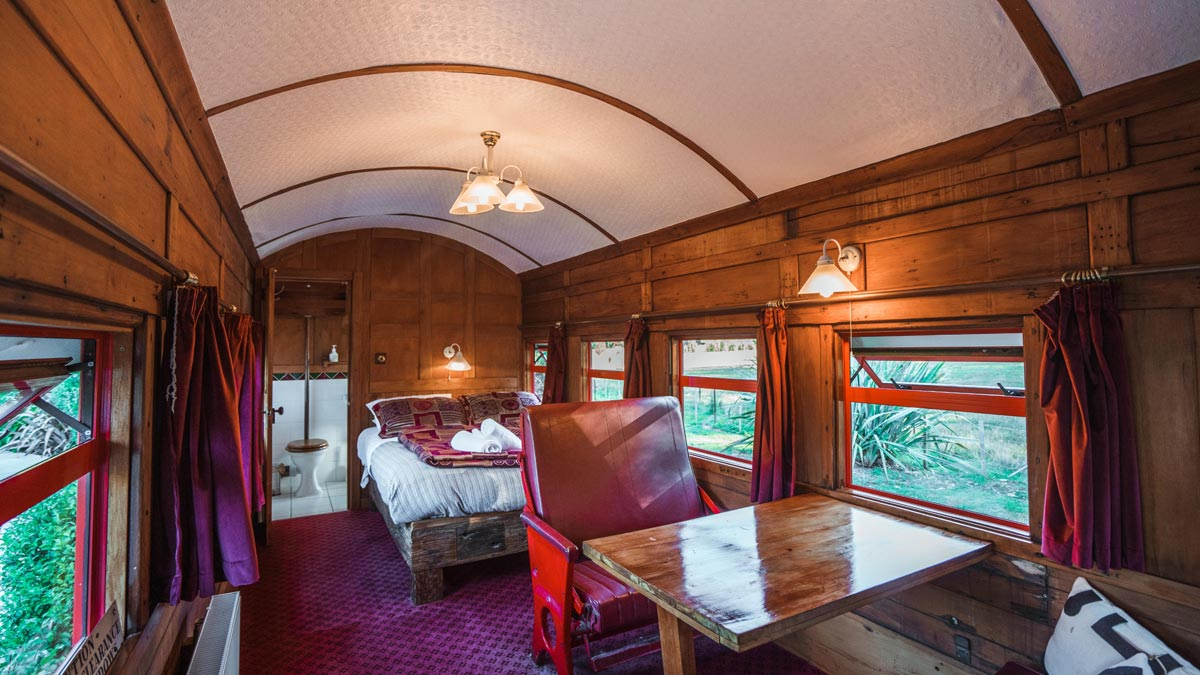 Train Carriage Nydia Bay On The Track Lodge